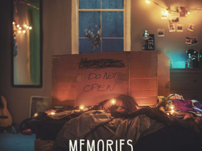 The Chainsmokers - Memories: Do Not Open